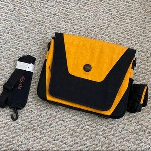 Crossbody Black and Yellow Insulated Laptop Bag